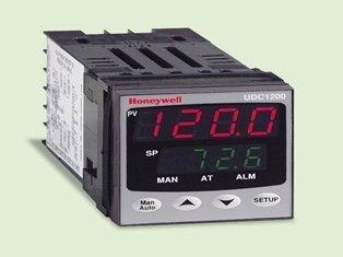 Honeywell UDC1200 DIN Controller
